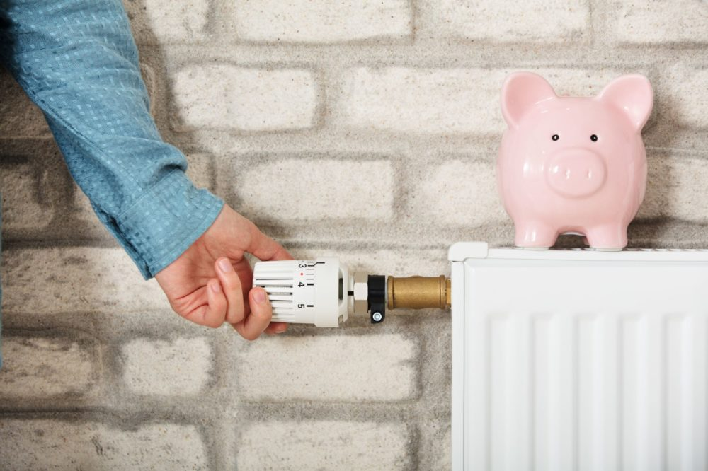 4 ways to reduce your energy bills